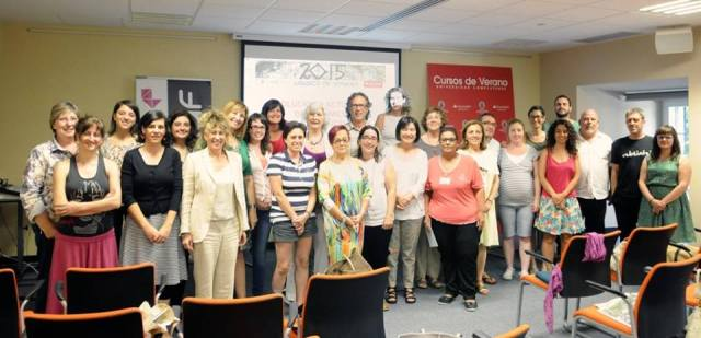 Family picture of the participants of the course ofganised by UNAF, Spain